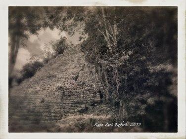 Mayan-Ruins-2